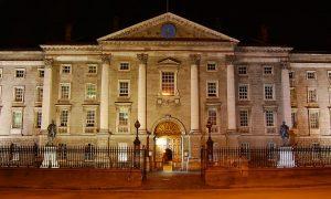 La Dublino letteraria di James Joyce e Oscar Wilde, il Trinity College