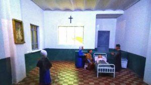 L'immagine ricostruisce il momento della morte di Maria Goretti, ricoverata in ospedale. Foto scattata all'interno del santuario di Nettuno